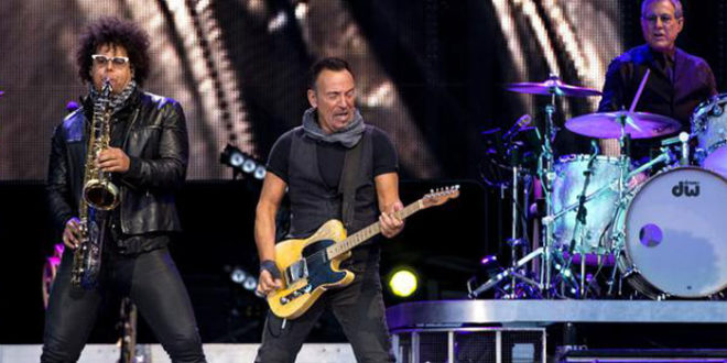 Springsteen On Broadway: la registrazione dello spettacolo che Bruce ha presentato a Broadway per 236 volte