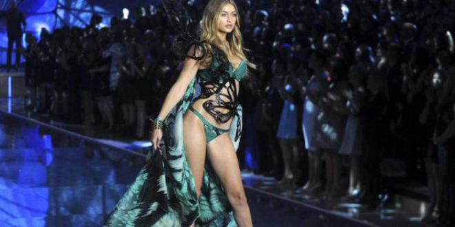 Angeli Victoria's Secret conquistano Parigi